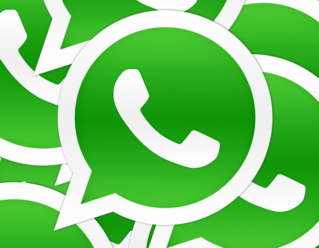 El CEO de WhatsApp critica las mejoras de iOS 8 y acusa a Apple de copiarlas