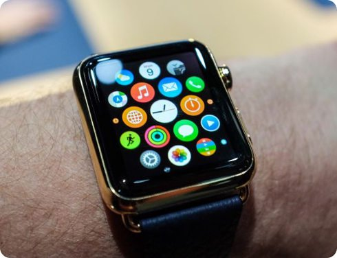 Un-hombre-fue-multado-por-usar-el-Apple-Watch-mientras-conducía